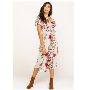 Angie Floral Cap Sleeve Midi Dress Size Large